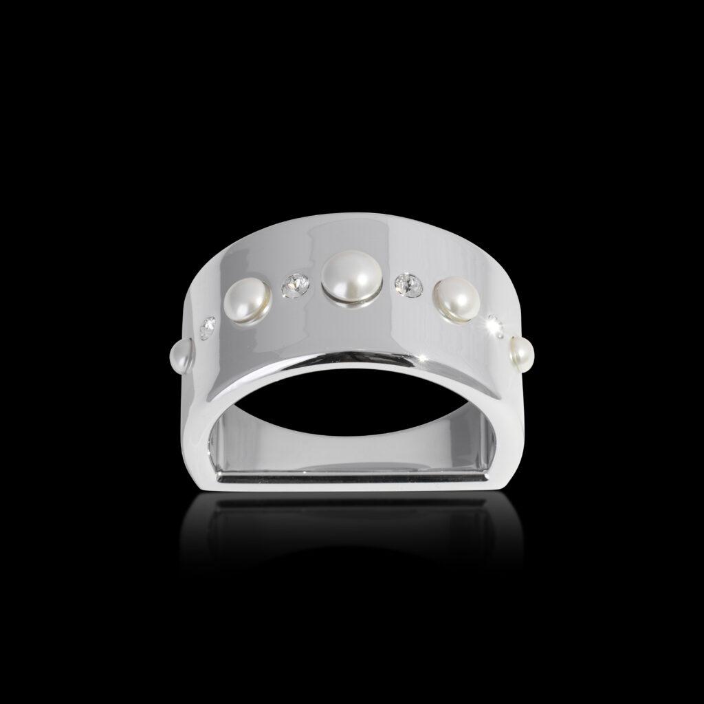 Pearl Napkin Ring Platiunum crystamas