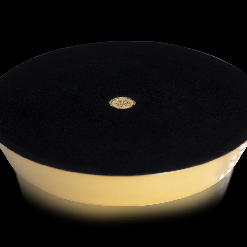 Round Wine Gold Bottom